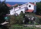 Dom s apartmánmi pri Zadare