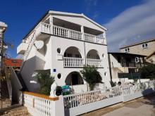 Apartmánový dom na Vire