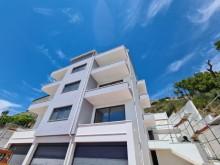 Dvojizbový apartmán v Tučepi, Split