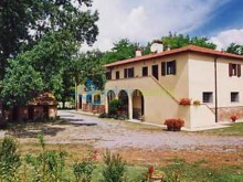 Dom s apartmánmi v Peccioli