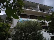 Dom v letovisku Lokva Rogoznica pri Omiši na predaj