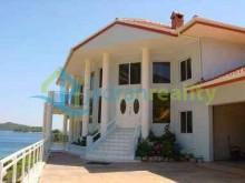 Vila na predaj - Vela Luka, Korčula