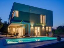 Luxusná vila vo Fažane