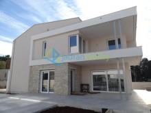 Luxusná vila vo Fažaně