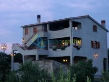 Dom s apartmánmi u Vodnjan