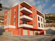 Nový luxusný apartmán pri Makarskej