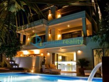 Luxusná vila u Torigu