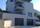 Moderný apartmánový dom v Podgore