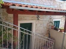 Apartmán v renovovanom kamennom dome v Splite