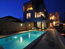 Vila s apartmánmi pri Zadare