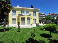 Vila s bazénom Split, Meje
