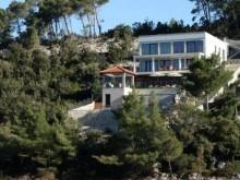 Vila s bazénom na Korčule
