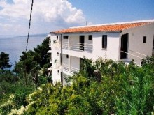 Mini hotel v Bratuse, Makarska